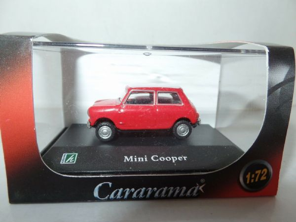 Cararama 1/72 Scale Leyland Mini Cooper Red with White Roof